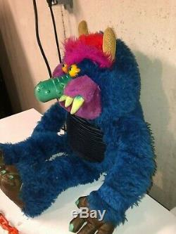 Vintage 1985 Amtoy Plastic Face MY PET MONSTER Plush Doll Toy with Handcuffs cuffs